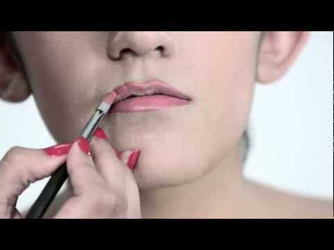 Finally, a tutorial to make thin lips appear fuller that's actually shown on someone who HAS them!