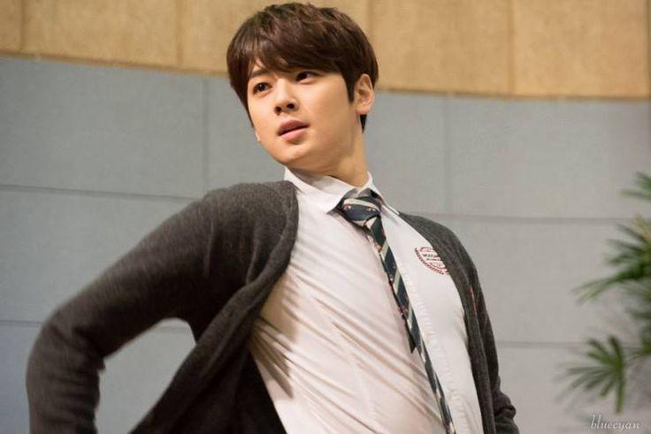 [29.12.15] Baekwoon Middle School - EunWoo