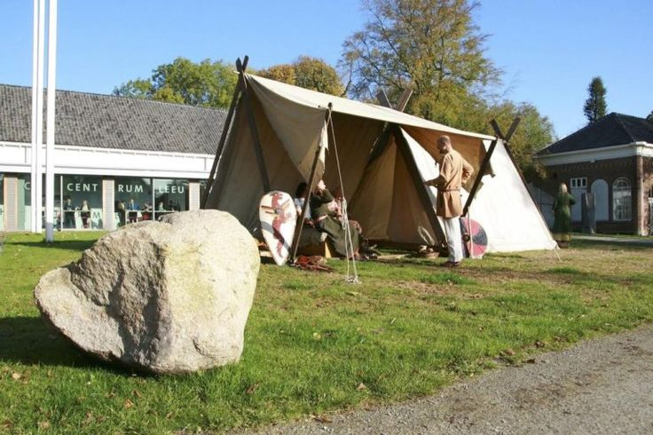 LEEUWARDEN - Het Historisch Centrum Leeuwarden (HCL) staat zondag 16 oktober in het teken van de archeologie. Van 13.00 tot 17.00 uur zijn er ...