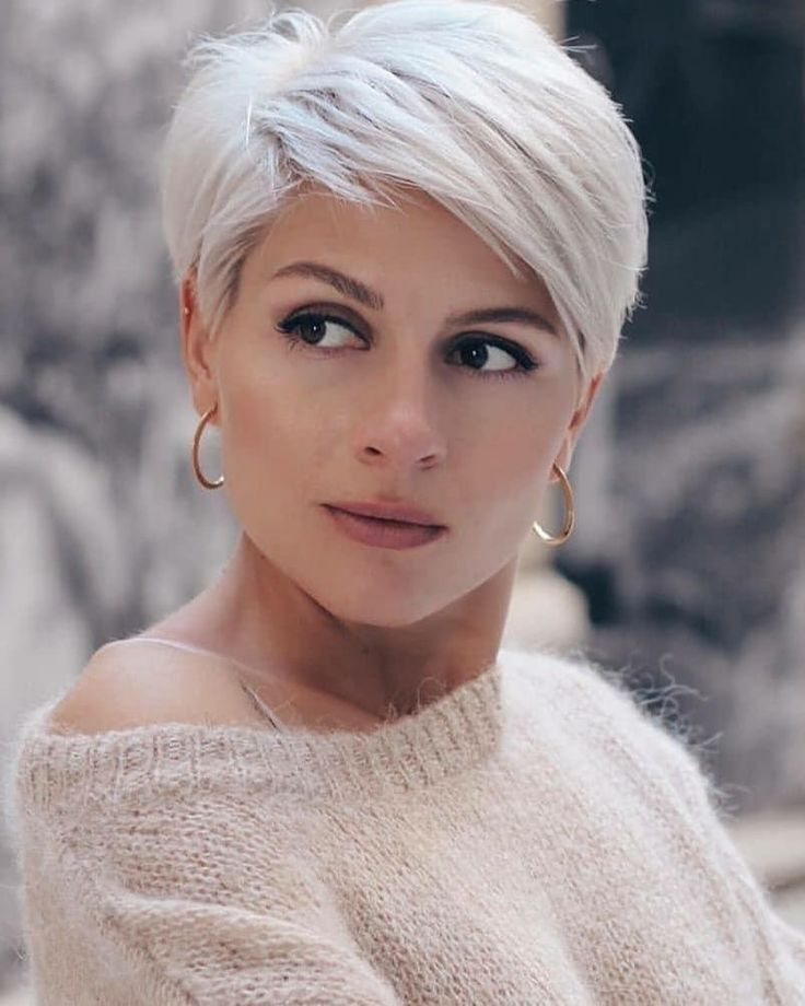 """Short Hair Styles ❤ Pixie Cuts on Instagram: """"How much do you love her look?? @irinagamess. . 💞❤💞❤💞 #platinumpixiemafia  @nothingbutpixies"""" - Short hair styles - #Cuts #Hair #Instagram #irinagamess #Love #nothingbutpixies #Pixie #platinumpixiemafia #Short #Shorthairstyles #styles"""