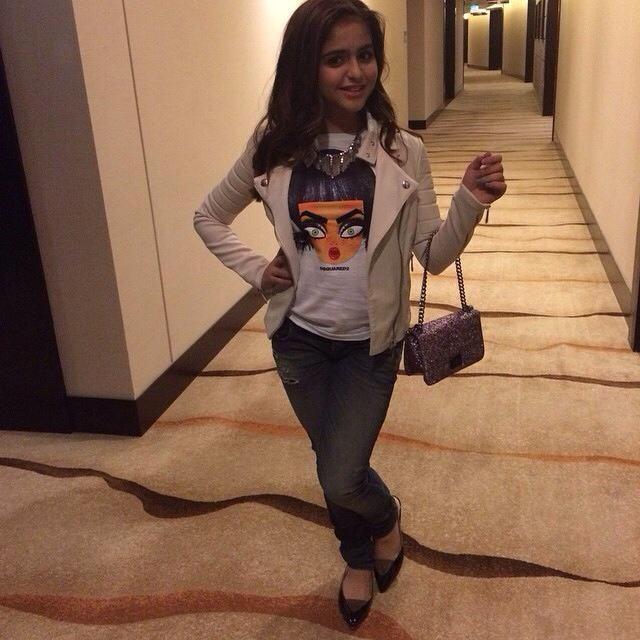بحث وتحميل الفيديوهات Hala Al Turk Fashion Women