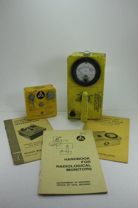 Vintage Civil Defense Geiger Counter Radiation Detector Cold War Cuban Missile Crisis Atomic Bomb Department Of Defense