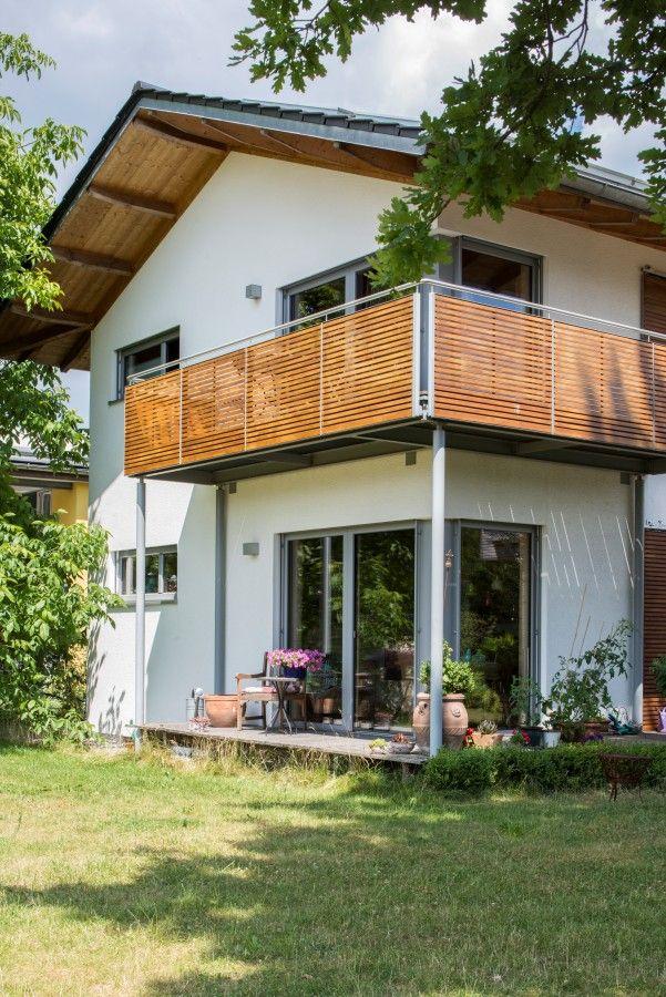 Holz100 Häuser, Baubiologie, Schreinerei, Wohngestaltung by Abensberger Holz100-Haus GmbH, Abensberg (180 km von Nürnberg)