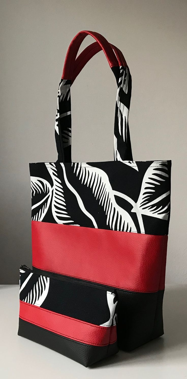 Black and white, red, shoulderbag, womans, my work