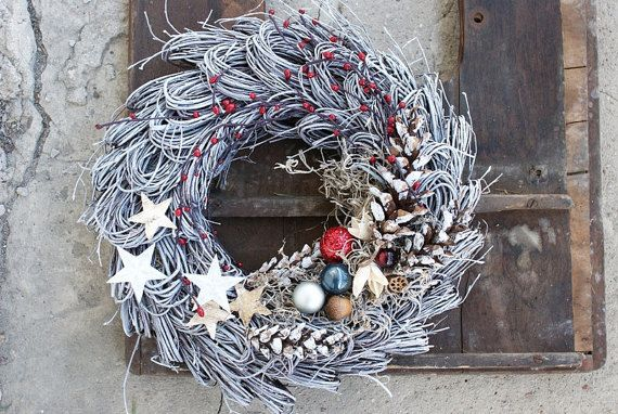 Xmas wreath Minimalistic style Birch wreath Door Hanger by mamwene