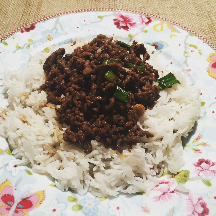 This recipe can be made in 14 minutes or under depending on what rice you choose to serve this with. I always use either boil in the bag basmati rice or microwave rice as my rice cooking skills leave a lot to be desired!