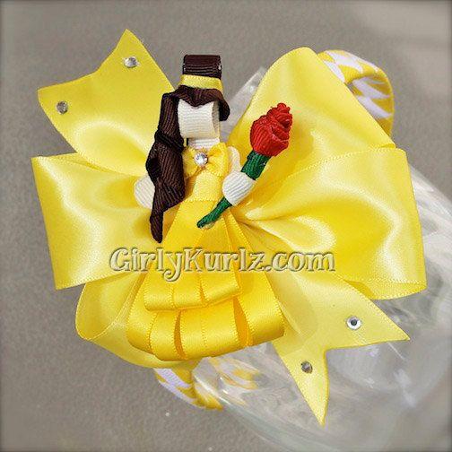 * el precio es de belleza y la bestia bella cinta escultura, 4 arco amarillo del satén & diadema tejida    Esta princesa está llevando su vestido