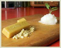 Natural Varnish, Plant Based Wood Sealer, Beeswax, Coconut Oil on Wood