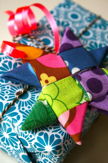 No Sew Strip Star Tutorial- super cute! Great for scrap fabric