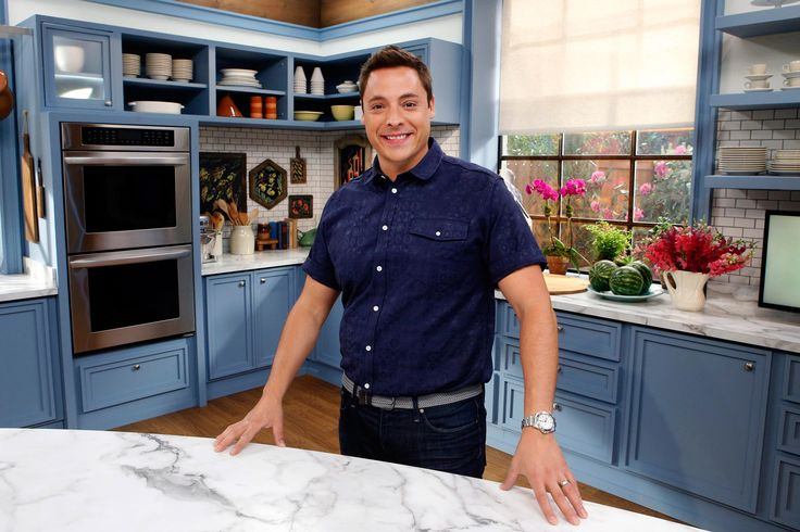 Jeff Mauro, host of Sandwich King - FoodNetwork.com