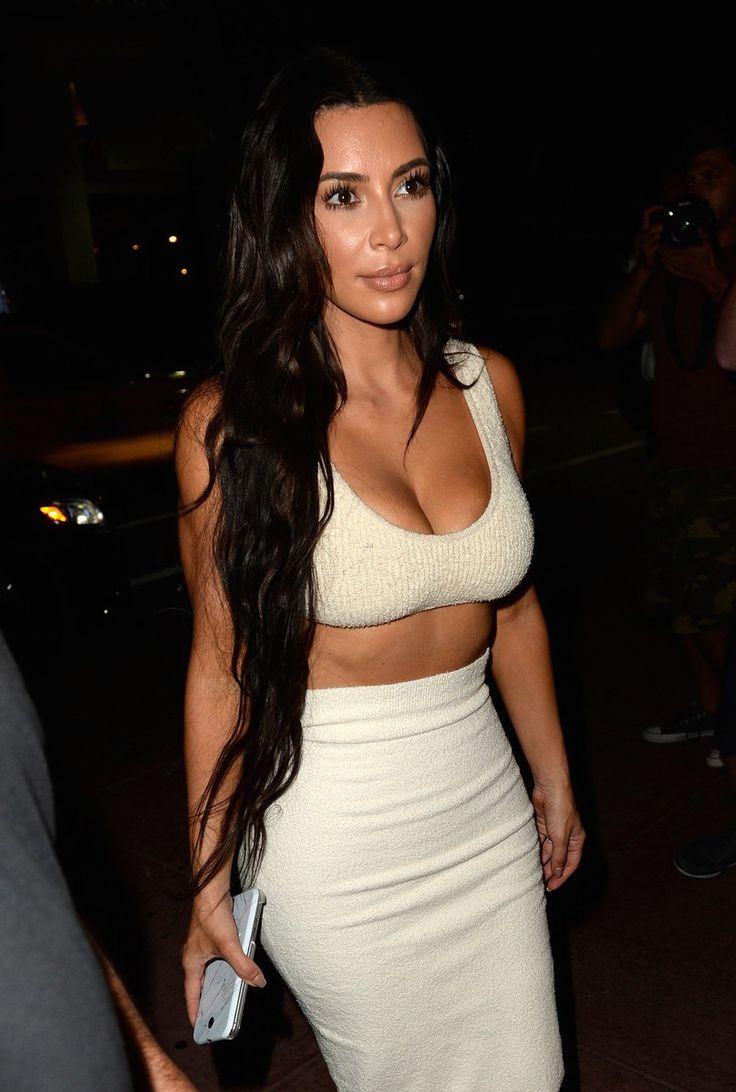 Kim leaving her hotel in Miami, Florida - September 19, 2016