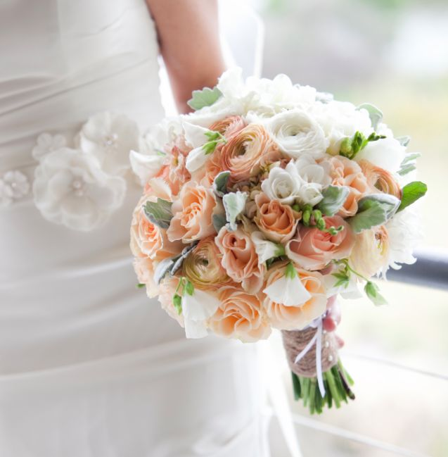 Featured Photographer: Gabrielle Fox Photography; 25 Chic Bridal Bouquet Inspiration (New!). To see more: http://www.modwedding.com/2014/08/06/25-chic-bridal-bouquet-inspiration-new/ #wedding #weddings #bouquet Featured Wedding Flower: Camellia Wedding Flowers; Featured Photographer: Gabrielle Fox Photography