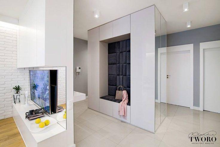 panele dekoracyjne DAPPI świetnie spełniają rolę siedziska we wnętrzu szafy! zajrzyj na www.dappi.pl #interiordesign #homedecor