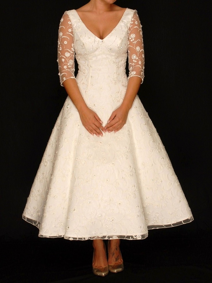 This would be pretty with a bling belt or color sash