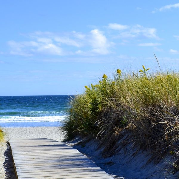 Check out this slideshow Beaches Within Easy Reach in this list 24 Amazing Beaches in the United States