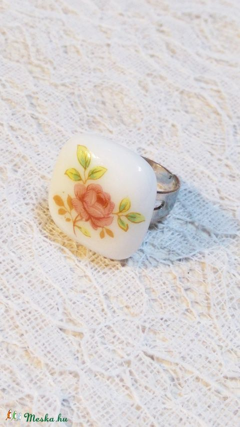 Romantikus rózsa -  üvegékszer gyűrű, Ékszer, óra, Gyűrű, Meska