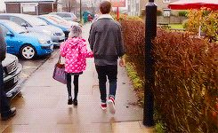 When he picked up his sister from school and they skipped along the sidewalk together. | 30 Times Louis Tomlinson Was The Most Perfect Member Of One Direction In 2013
