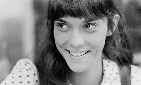 "Karen Carpenter fell victim to heart failure after an eight-year battle with anorexia nervosa. She seemed to be on the verge of recovery when she died at the age of 32. After spending almost all of 1982 undergoing treatment for the eating disorder, the 5'4½"" Carpenter had managed to pump her weight from a frail 80 pounds to a nearly normal 110.  Be careful out there girls! Anorexia is NO FUN!"