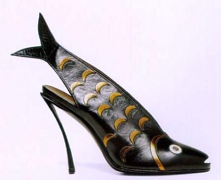 designed by Andre Perugia in the 1930s...prob the only pair of heels that would catch Garrett's eye.