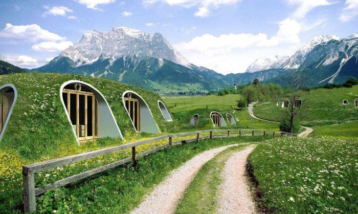 A hobbit house that's all set up in just three days!/ O casa de hobbit gata in doar trei zile!