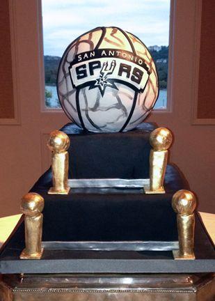© Coco Paloma Desserts. San Antonio Spurs cake.