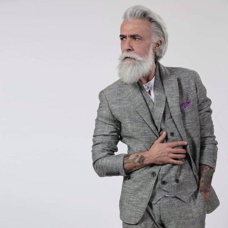#king #class #beardporn #followforfollow #beard #beardoil #alessandromanfredini #dandystyle #dandy #gentleman #tattoo #tattoos #oldschool #love #mustache #mustachewax #modelmale #madeinitaly #men #cool