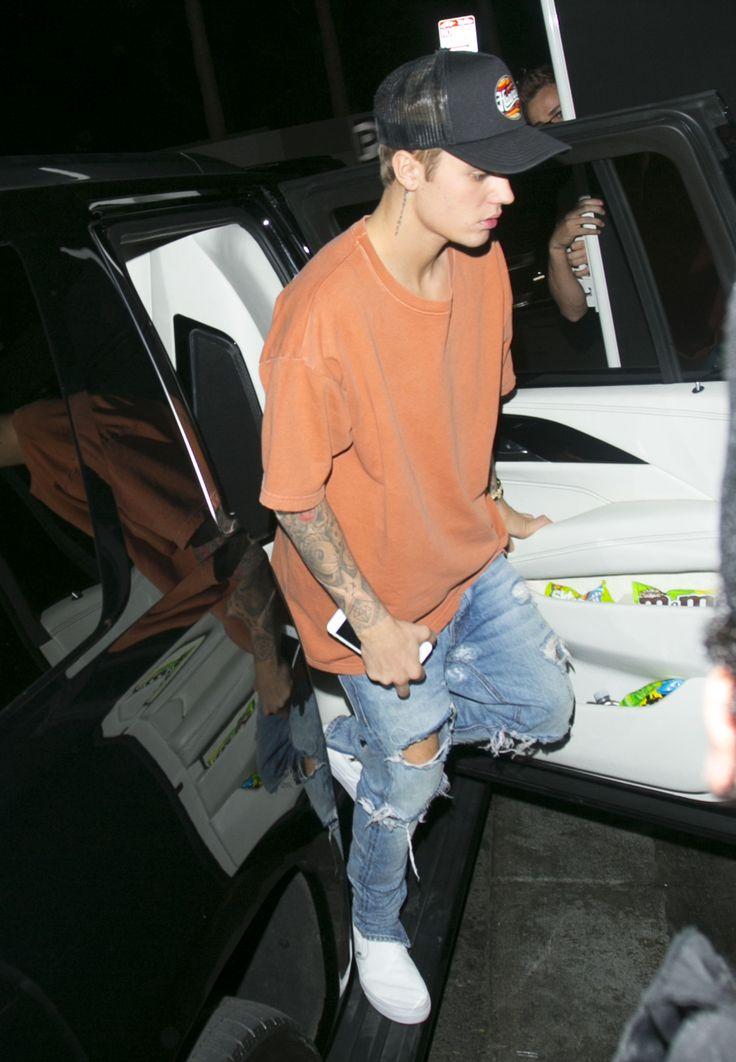 Justin Bieber News, Pictures and Videos   Bieber-news.com ... джастин бибер новости
