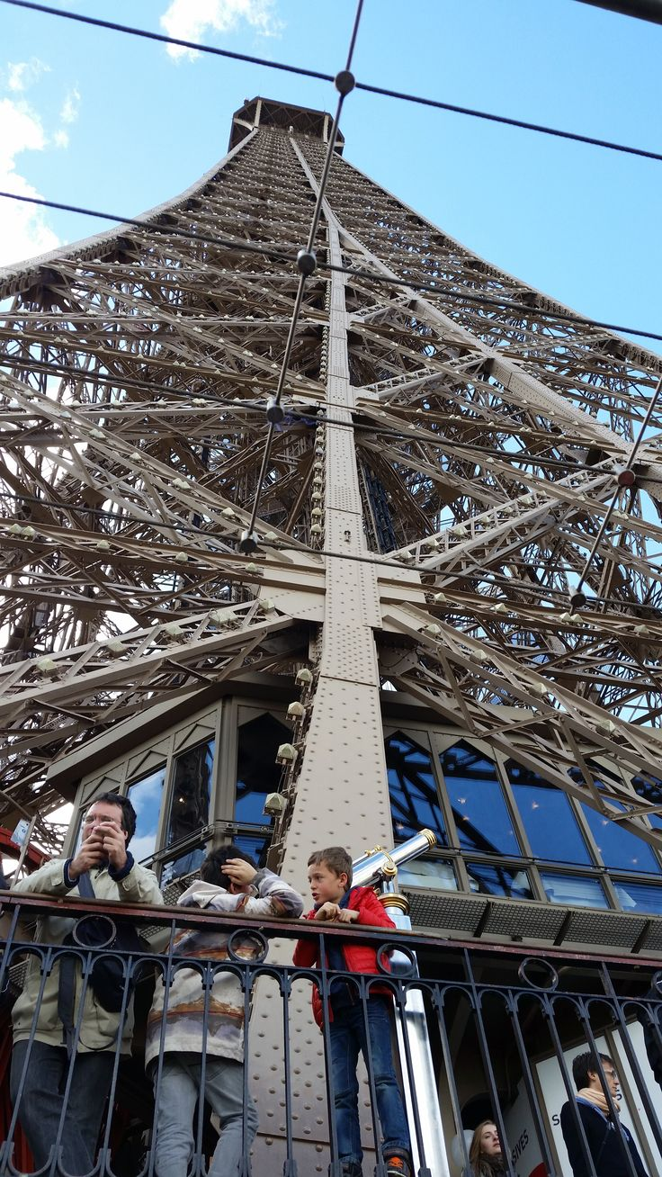 Looking for the perfect morning in Paris? Although the Eiffel Tower looks fantastic, and is a must-see, that's not where to be! Find out insider tips on how to truly enjoy Paris like a Parisian #travel #paris #eiffeltower #wanderlust