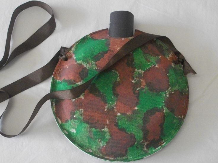 C- Paper Plate Canteen ... Also reminds me of a turtle w a few & 62 best Safari Science and Craft Projects images on Pinterest ...
