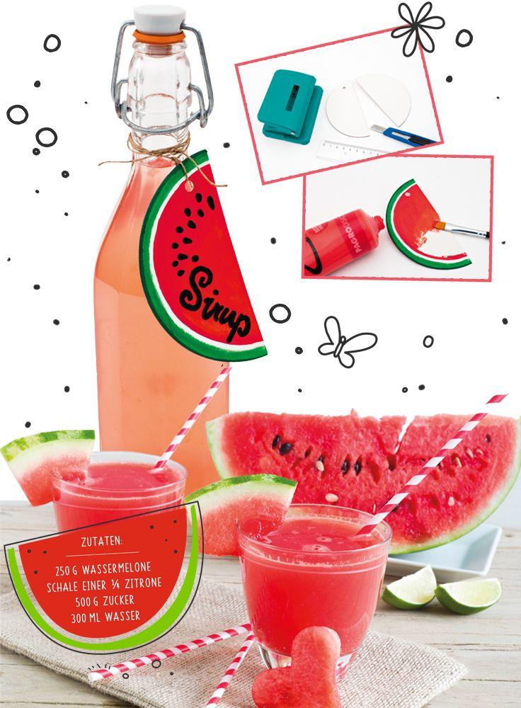Dieser erfrischende Melonensirup schmeckt köstlich und ist durch den süßen Wassermelonen-Anhänger ein toller Hingucker! Als Geschenk oder auf Ihrer Sommerparty, dieser Sirup passt für viele Anlässe!