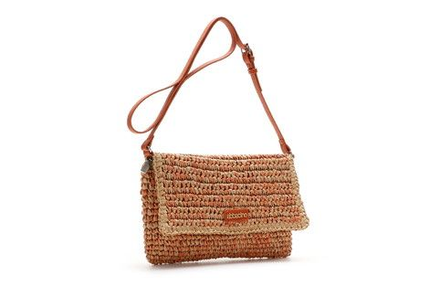 XS rectangular shoulder bag with an adjustable strap woven in raffia. It closes with a flap that is contrasting in colour.  #Abbacino #Summerinthecity #SS15