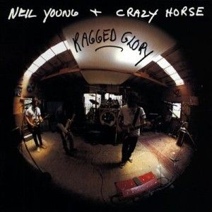 9. Neil Young & Crazy Horse - Ragged Glory (1990) - For a full list of the Top 10 Albums By Neil Young:  http://www.platendraaier.nl/toplijsten/top-10-de-beste-albums-van-neil-young/