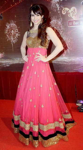 #LaurenGottlieb in Pink #Anarkali Suit