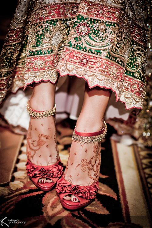 Loving these anklets and shoes.