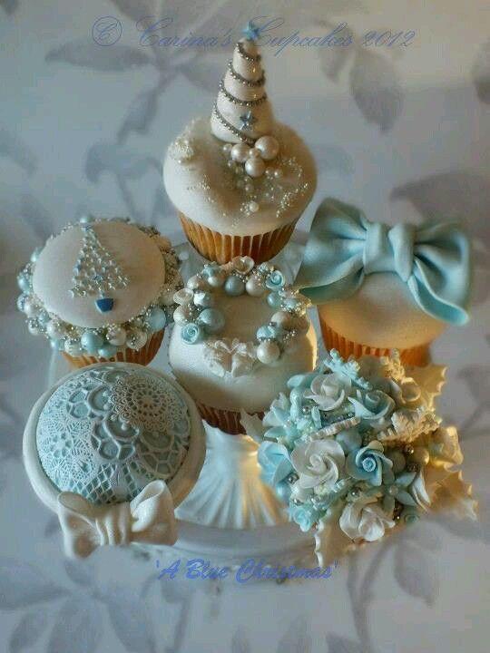 Luxury Christmas cupcakes... http://www.nycake.com/