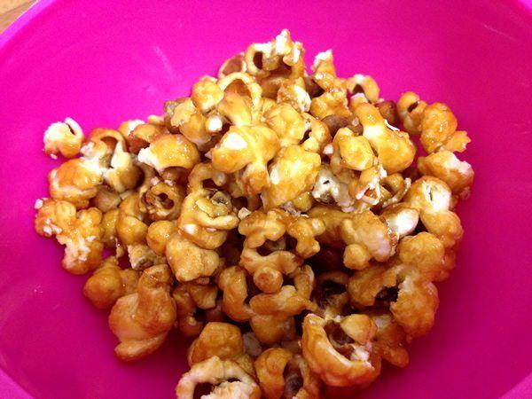 Tostones de maíz o palomitas dulces