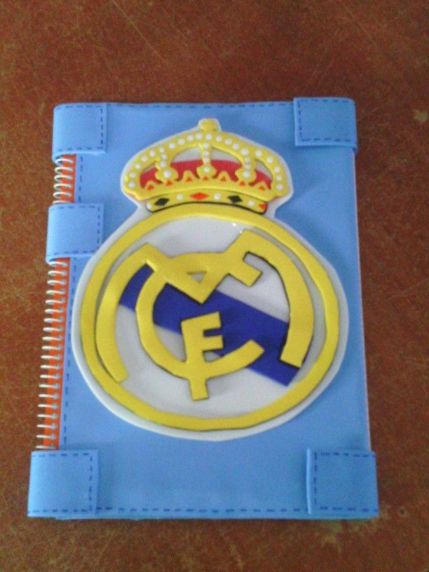 Libreta real madrid foamy pinterest - Fundas del real madrid ...