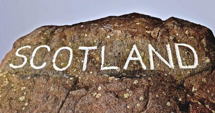 """Όσα χρειάζεται να ξέρετε για το σκωτσέζικο δημοψήφισμα (εάν δεν είστε Βρετανοί) σε 4'54"""" - Ένα απολαυστικό βίντεο του Guardian για τη σημερινή ιστορική μέρα."""