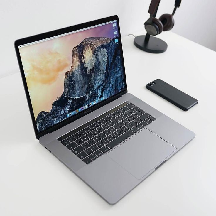 MacBook Pro ...... #MacBookPro #MacBook #SpaceGrey #tech #hightech #technology #iphone #beautyoftechnology #iphone #beoplay #beoplayh8