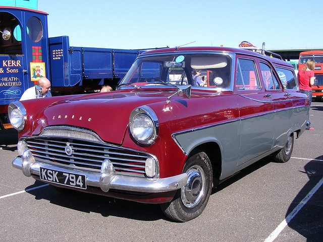 Ford Zodiac Estate KSK794 South Yorkshire Transport Rally by emdjt42, via Flickr