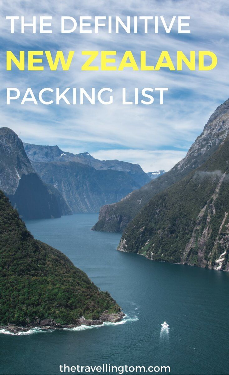 Ultimate New Zealand packing list. If you want to know what to pack for New Zealand, this is the post for you! Find out the best items to pack for New Zealand for men and women!  New Zealand packing list winter | New Zealand packing list summer | New Zealand packing list spring | New Zealand packing list fall | New Zealand travel | visit New Zealand | what to take to New Zealand | things to pack for New Zealand | Travel gear #newzealand #travelgear #packinglist