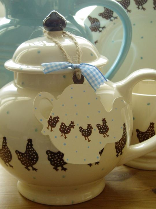 Emma Bridgewater Speckled Hen Four Cup Teapot