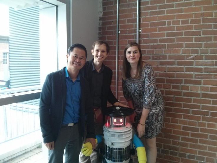 Retweeted by hitchBOT | Anatoliy Gruzd @gruzd • July 24 • At @hitchBOT launch event in Halifax w/David Harris Smith &  @fraukezeller - creators of HitchBot! pic.twitter.com/s4OCNxiKuD