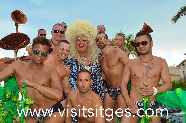 Gay Pride Sitges 2014   Flickr - Photo Sharing! http://www.visitsitges.com/en/fiestas-y-tradiciones/81-sitges-gay-pride
