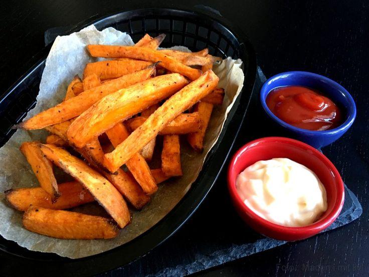Sweet potato fries - lækre pommes frites af søde kartofler - madenimitliv.dk