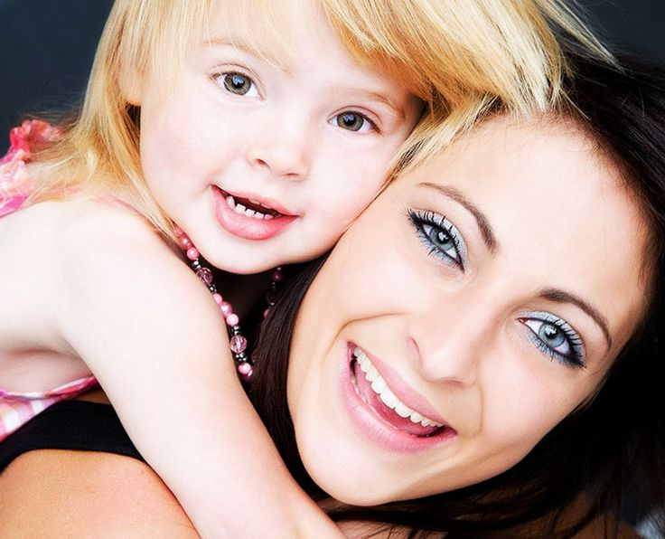 mother toddler daughter photo ideas | Mother and Daughter Studio Photo of the Week, Portrait Photography ...