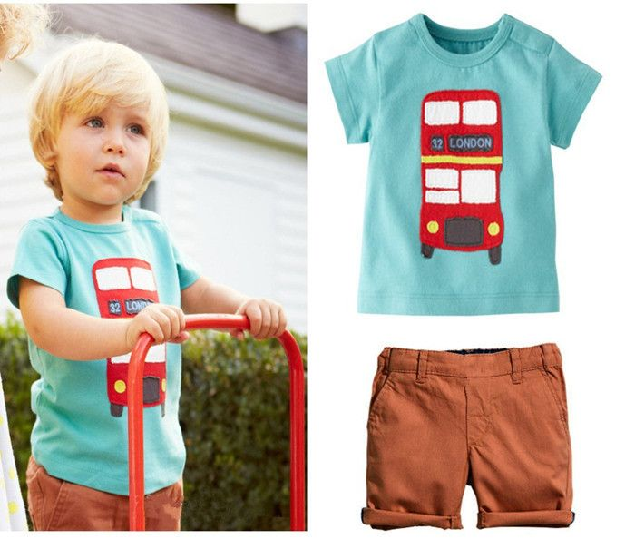 Boys London Bus Themed T Shirt and Shorts Set.