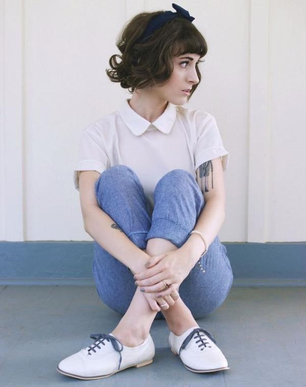 Como usar sapato oxford feminino. Está procurando saber como usar sapato oxford feminino? Neste artigo umComo.com.br apresentamos-lhe várias dicas que a podem ajudar! Esse sapato é uma opção de calçado para a primavera e outono, confe...