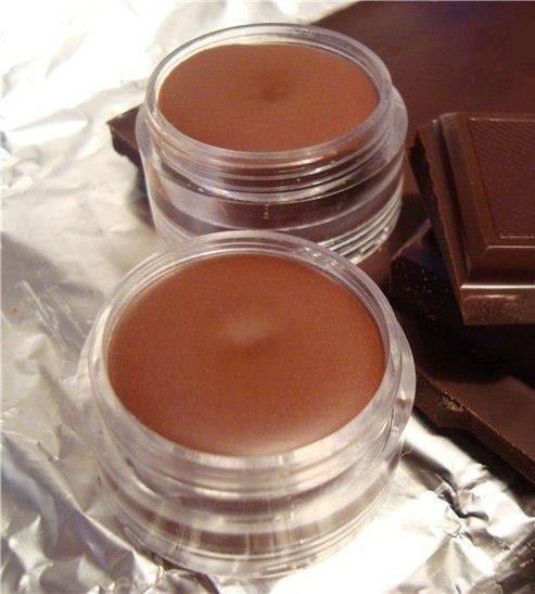 Шоколадный блеск для губ