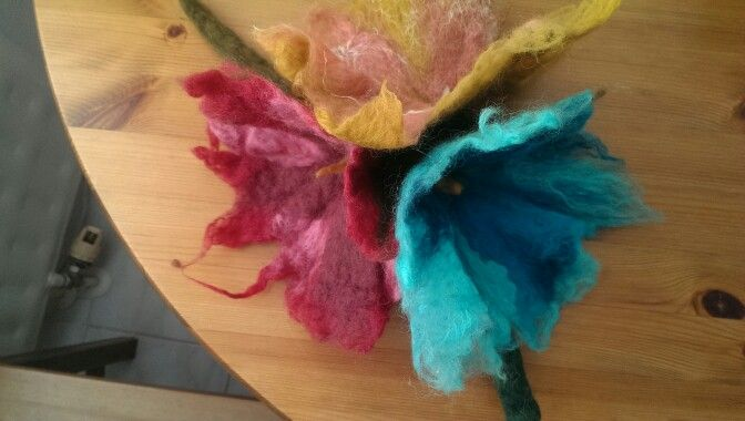Felted fowers